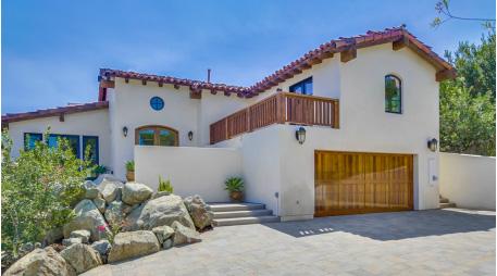 New homes in Rancho Santa Fe. New construction homes at Los Robles