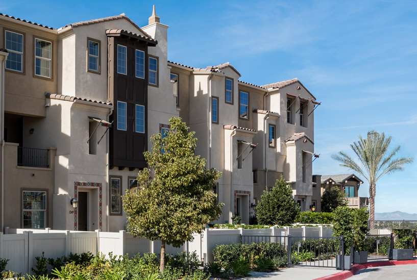 New homes in Oceanside, CA. Lucero at Pacific Ridge. New townhomes. Interior pictures of model homes. Oceanside real estate. North County San Diego new homes for sale.