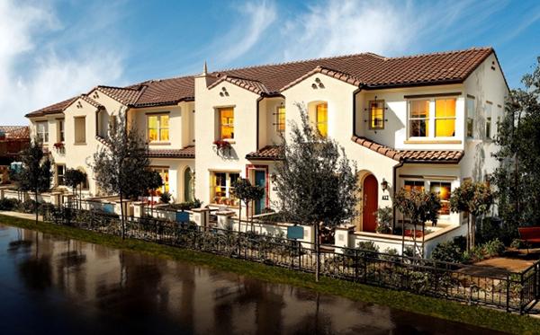 New townhomes in Del Su Garretson by Standard Pacific